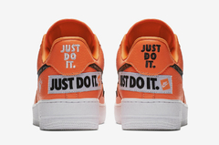 "NIKE AIR FORCE 1 LOW ""JUST DO IT"" ORANGE - MEN'S - tienda online"
