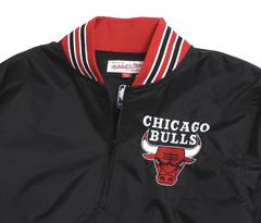 Chicago Bulls Mitchell & Ness Nba Men's 1/4 Zip Nylon Pull en internet