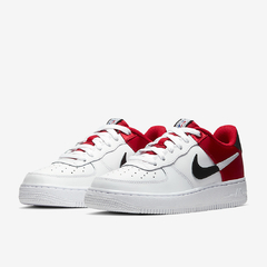 NIKE AIR FORCE 1 LOW LV8 NBA SATIN RED - GS - comprar online