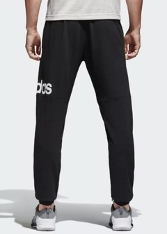 Athletics Essential Performance Training Logo Pants en internet