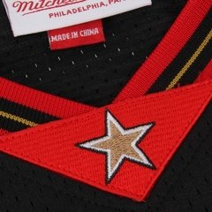 Imagen de Philadelphia 76ers Allen Iverson Mitchell & Ness Black Authentic Basketball Jersey