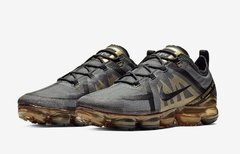 Nike Air VaporMax 2019 Black-Metallic Gold - comprar online