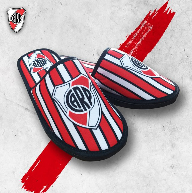 Pantuflas River Plate Adulto - Exclusivas en internet