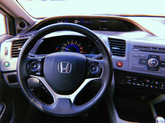 Honda Civic EXS 1.8 en internet
