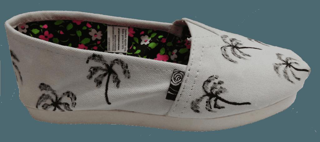 Alpargatas La Rosa Blanca, palmeras pintadas a mano, calzado urbano y original