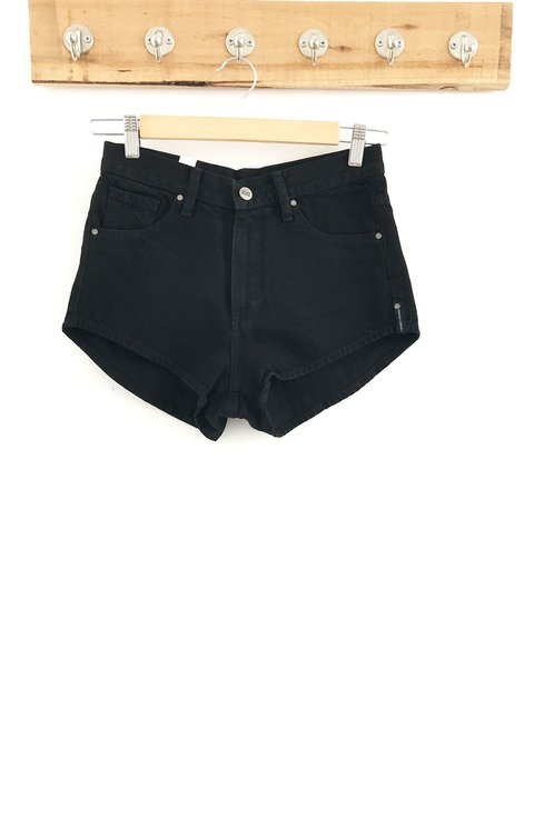 Short lucy high ruedo