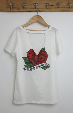 REMERA ROSE MELODY