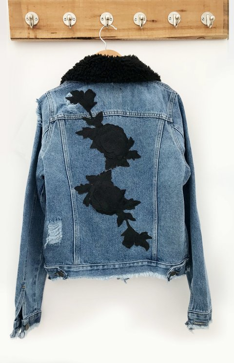 JACKET DENIM CUELLO BLACK FLOWER