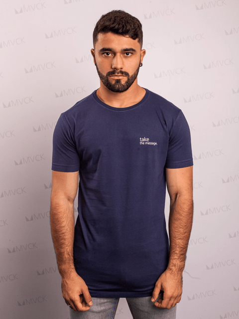 Camiseta Long Take Marinho MVCK - comprar online