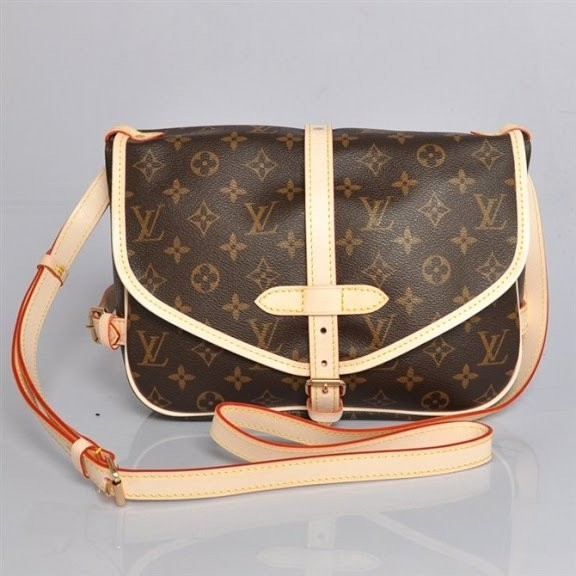 Bolsa Louis Vuitton Monogram Canvas Saumur MM - Linha Premium