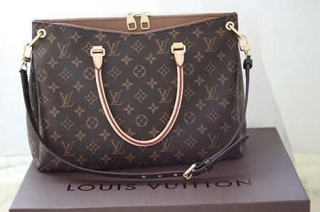 Bolsa Louis Vuitton Monogram Canvas Pallas Caramelo