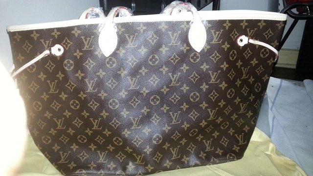 Bolsa Louis Vuitton Neverfull Canvas Monogram GM - comprar online