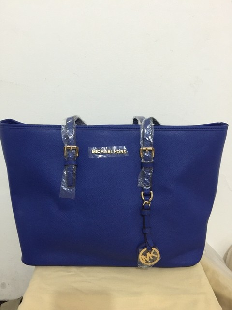 Michael Kors Jet Set Medium Multi Function Travel Tote Azul - comprar online