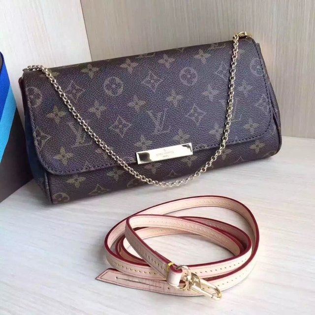 Bolsa Louis Vuitton Monogram Canvas Favorite MM - comprar online