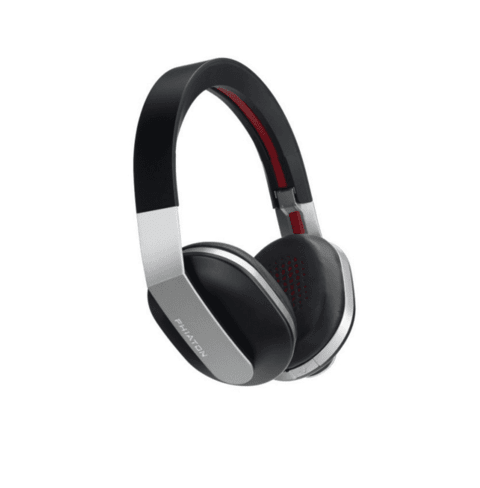 Black headphones (copia)