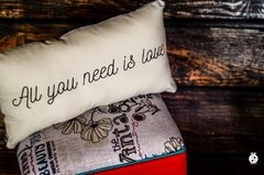 Almohadones dobles All you need is love