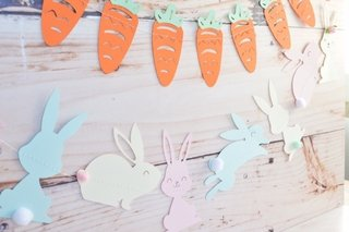 RABBIT GARLAND