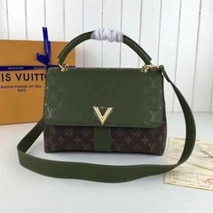 Very One Handle Louis Vuitton