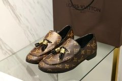 Louis Vuitton Flat Loafer Society - 355 na internet