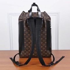 Mochila Explorer Louis Vuitton canvas Monogram - GVimport