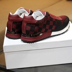 Sneaker Run Away Louis Vuitton - comprar online