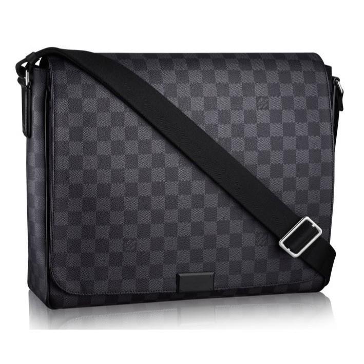 ccb372a0f Bolsa Louis Vuitton DISTRICT MM - Comprar em GVimport