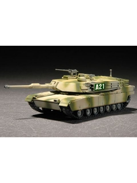 M1A2 Abrams Trumpeter 1/72