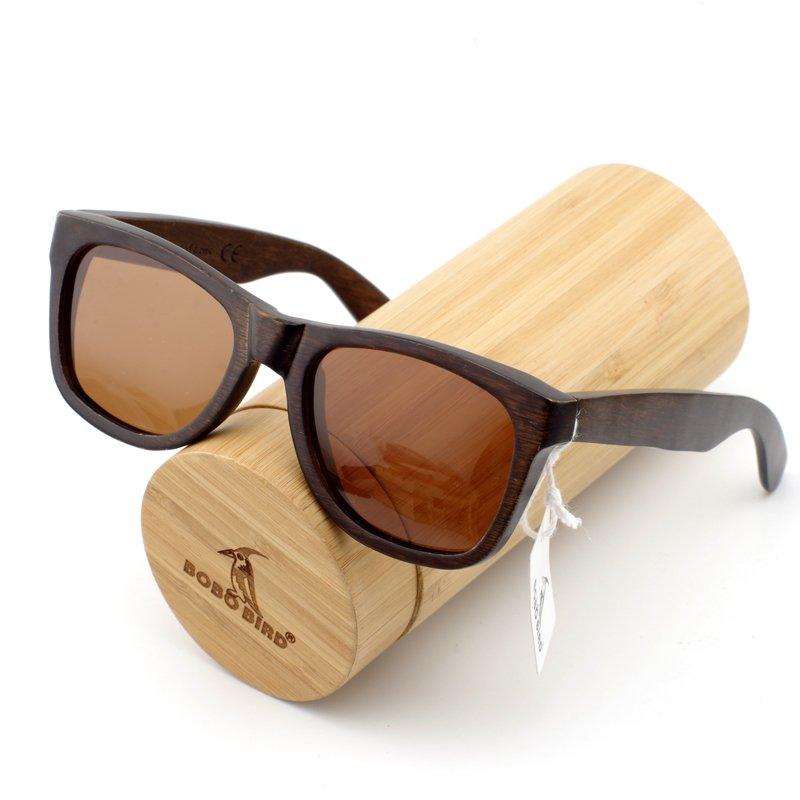 aa5d5c2bde03c Óculos de Sol com Armação em Madeira - Mayortstore