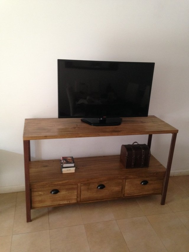 Mueble tv, modular, rack, madera y hierro en internet