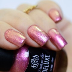 Esmalte Penelope Luz Deluxe Kiss the bridge