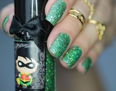 Esmalte EDK Marvel and DC Comics Robin - comprar online