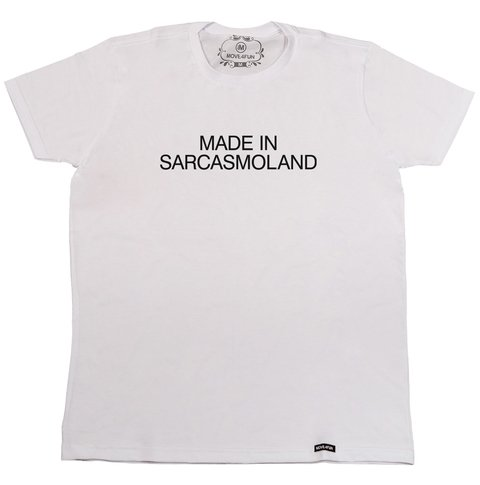 Camiseta Made in sarcasmoland - comprar online