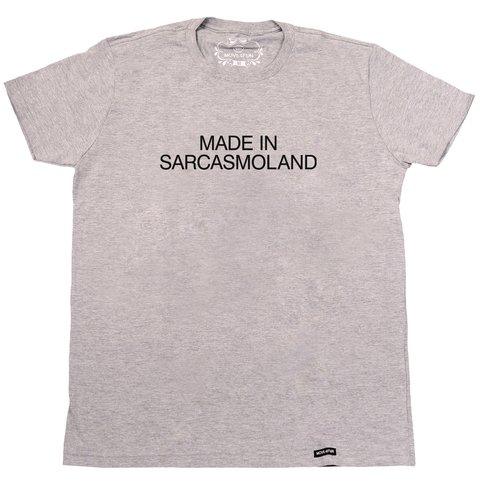Camiseta Made in sarcasmoland