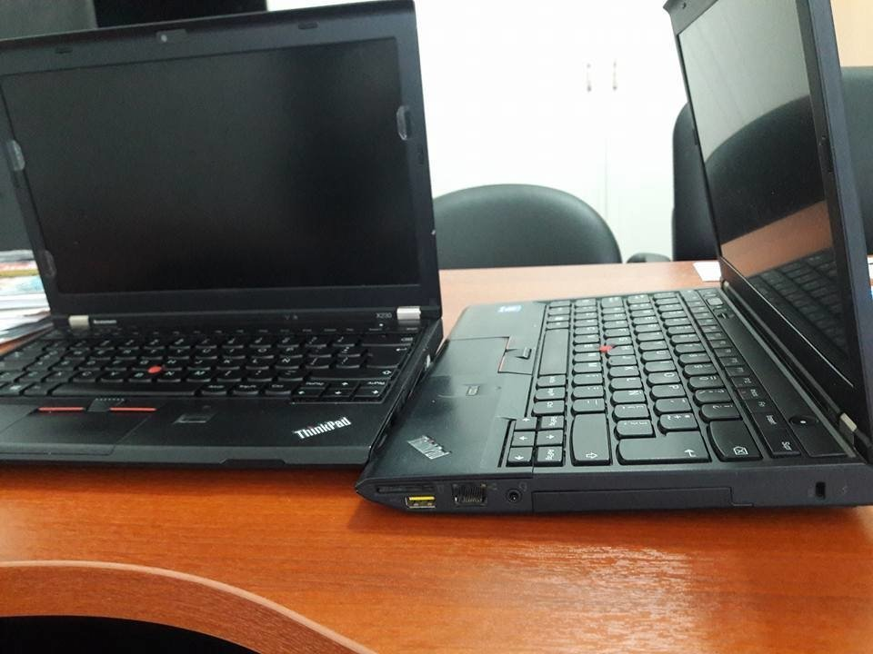 LENOVO THINKPAD X230 CORE I5 3320 M 2.6 GHz .3ERA GEN. 240gb  ssd disco  . 8 GB RAM