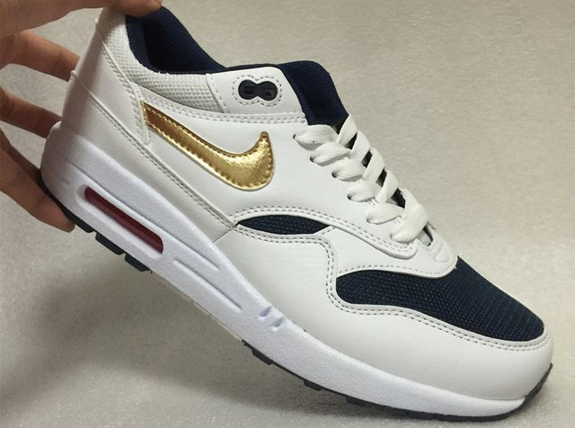 87646697a86 ... Nike Air Max 87 - Branco e Azul com Dourado na internet ...
