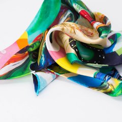 PAÑUELO COLLAGE DE FLORES - VALISSE · 100% SILK SCARVES · A PIECE OF ART ·
