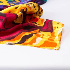 FIGURAS DE ORÍGEN - VALISSE · 100% SILK SCARVES · A PIECE OF ART ·