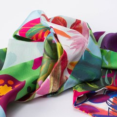 NATURALEZA VERDE - VALISSE · 100% SILK SCARVES · A PIECE OF ART ·