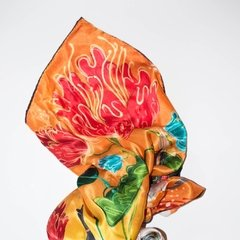 FESTIVAL EQUINO - VALISSE · 100% SILK SCARVES · A PIECE OF ART ·
