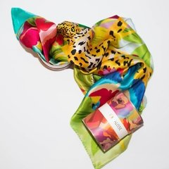 MANCHAS DE LEOPARDO - VALISSE · 100% SILK SCARVES · A PIECE OF ART ·