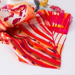 TERRITORIO DE GRANDES - VALISSE · 100% SILK SCARVES · A PIECE OF ART ·