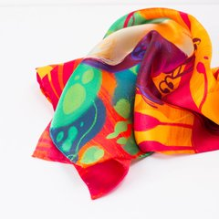TUCÁN DE VERANO - VALISSE · 100% SILK SCARVES · A PIECE OF ART ·