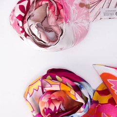 ARQUITECTURA - VALISSE · 100% SILK SCARVES · A PIECE OF ART ·