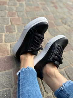 SNEAKERS ART. 014 NEGRO LISA