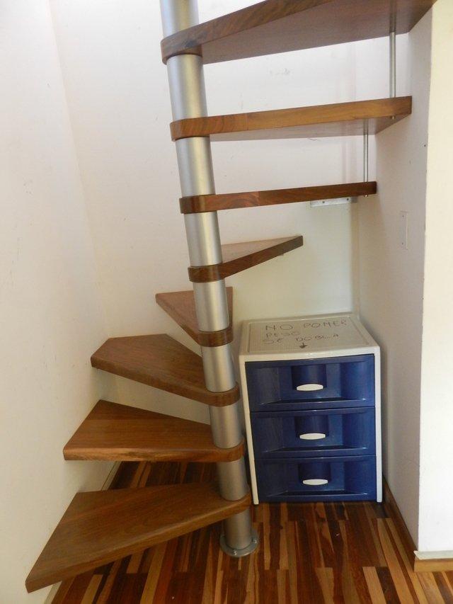 Escalera caracol nativa pisos y equipamientos - Escaleras espacios reducidos ...
