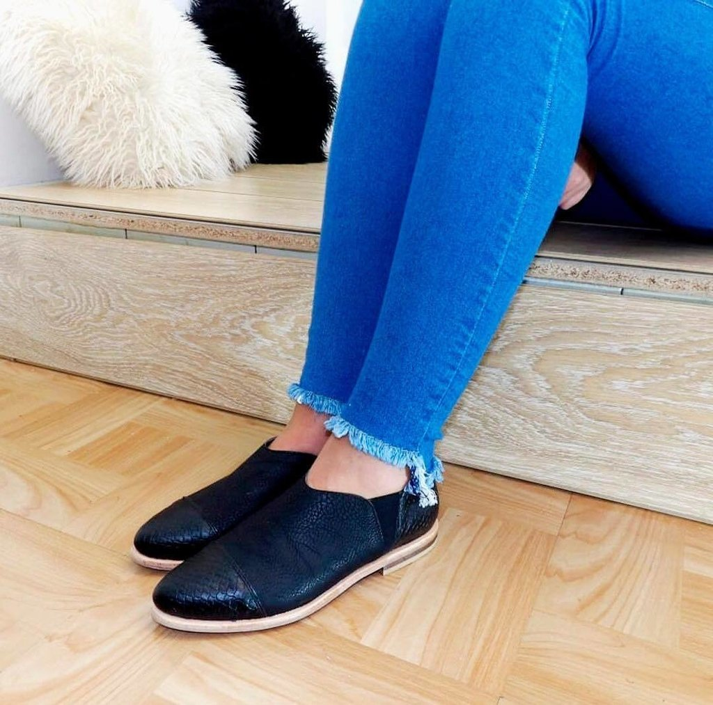 Slippers M1 negros