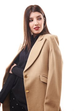 Trench Florencia $ 6.065 - Off $ 5.750.- on internet