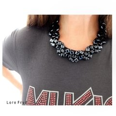 COLLAR BRUNA GREY