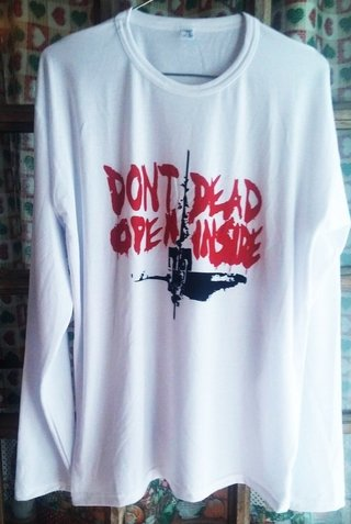 Remera manga largaThe Walking Dead - comprar online