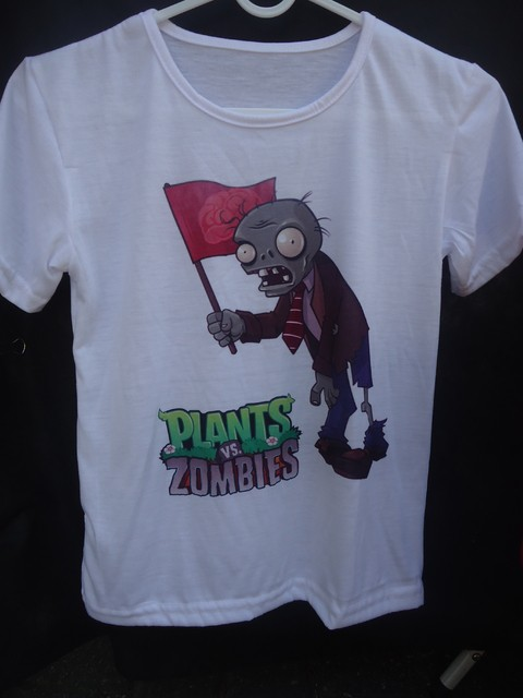 Remera Plantas vs Zombies